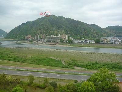 山上の岐阜城