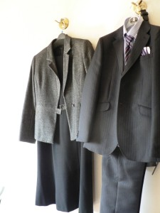卒業式 スーツ レンタルまたは買う