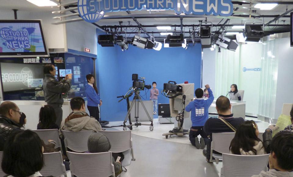 ニューススタジオ体験